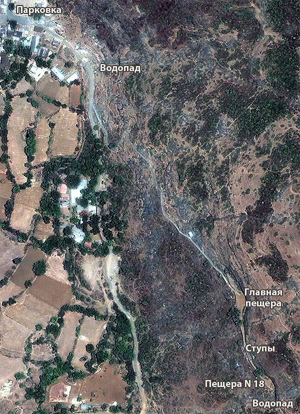 Пещерный буддистский монастырь Бхаджа (Bhaja caves)