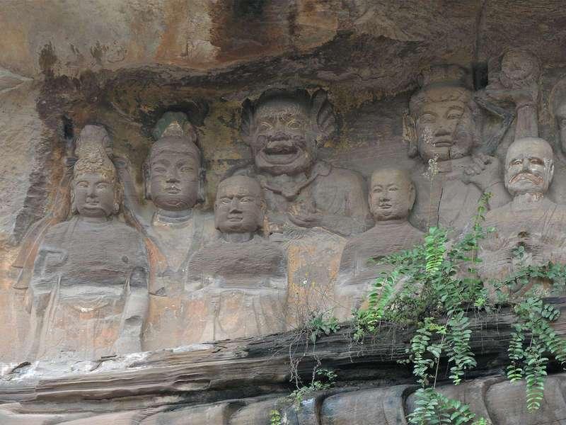 Гигантский Будда Аньюэ (Anyue Giant Buddha)